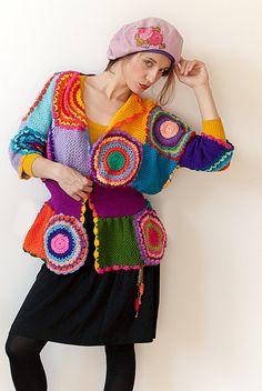 Damen Strickjacke mit gehäkelten Kreisen gemacht um von subrosa123