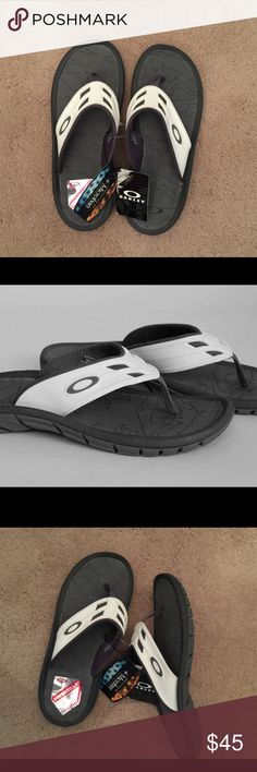 fa5d1513701 Oakley SuperCOIL flip flop 💯% authentic Oakley SuperCOIL flip flop NWT  signature Oakley O