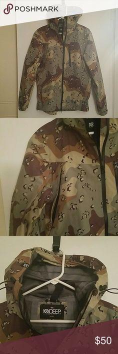 Men's rain jacket 100% Nylon Camo Never worn 10.Deep Jackets & Coats