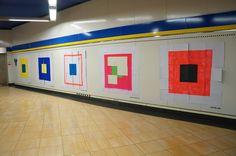 """#SUE """"448-463"""" Primer Premio. Proyecto Línea Zero. #Metro de #Madrid #Legazpi (31 Diciembre) #regalossuburbanos La Galería de Magdalena. #ArteUrbano #StreetArt #art #arte #regalos #presents #Arterecord 2014 https://twitter.com/arterecord"""