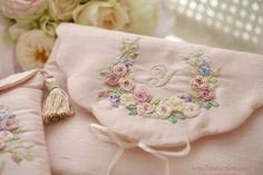 Embroidery Applique, Embroidery Patterns, Lace Beadwork, Ribbon Art, Drawstring Pouch, Cutwork, Needle And Thread, Needle Felting, Needlework