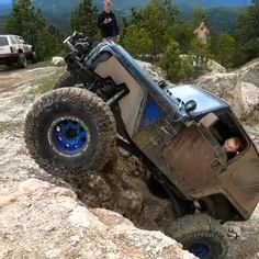 Jeep Video - Best Picture For Jeeps lover For Your Taste You are looking for something, and it is going to tel - Jeep 4x4, Cj Jeep, Jeep Truck, Moab Jeep, Truck Bed, Jeep Wrangler Tj, Jeep Wrangler Unlimited, Ford Bronco, Dirt Bike Girl