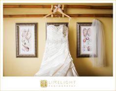 Tradewinds Island Resort, Details, Wedding Dress, Wedding Photography, Limelight Photography, www.stepintothelimelight.com