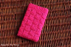 Pattern: Knitted Phone Case | Make ALL The Things