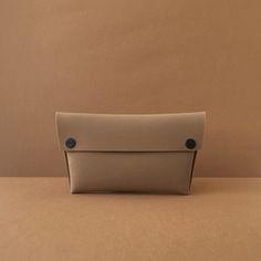 Vegan Wallet, Small Handbags, Stylish, Womens Fashion, Unique, People, Accessories, Design, Leather