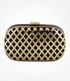Need a classy clutch for the #GWInaugural Ball? We love this black & gold lattice accessory!