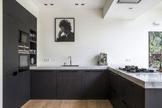 Open Plan Kitchen Living Room, Home Decor Kitchen, Kitchen Furniture, Kitchens And Bedrooms, Home Kitchens, Home Interior, Kitchen Interior, Contemporary Home Decor, Minimalist Kitchen