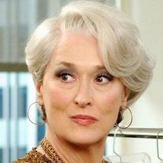 Mother of the bride, short hair (Meryl Streep in The Devil wears Prada).