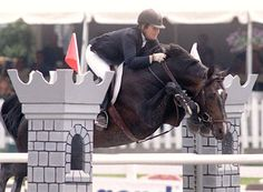 "When people say their horse ""can snap his knees to his eyeballs"" they usually only *wish* their horse did this.  Wowie!"