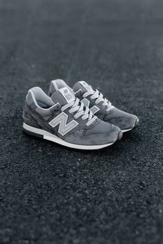 New Balance 996 'Heritage' In Grey/Silver  #NewBalance #NB #Runners #Runner #996 #Heritage #Fashion #Streetwear #Style #Urban #Lookbook #Photography #Footwear #Sneakers #Kicks #Shoes