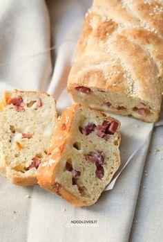 Pan brioche salato senza burro Un rustico meravigliosamente saporito e morbido…