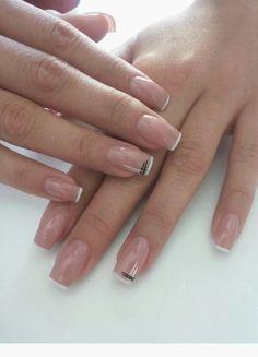Must try nail designs for short nails... Mmer nails... Ring wedding nail White Tip Nails, Striped Nails, Nude Nails, Nail Manicure, Gel Nails, Nail Polish, Nagel Blog, Minimalist Nails, Short Nail Designs