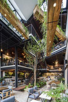 restaurant architecture Ides de dcoration pour un - Coffee Shop Design, Cafe Design, House Design, Garden Architecture, Architecture Design, Café Exterior, Deco Restaurant, Contemporary Home Furniture, Café Bar