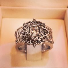 Jenna Clifford antique ring Antique Rings, Vintage Rings, Antique Jewelry, Jenna Clifford, Love Ring, Diamond Are A Girls Best Friend, Vintage Engagement Rings, Wedding Rings, Wedding Stuff