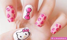 BeautyblogNail art met Hello Kitty