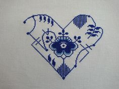 A new free pattern featuring a blue fluted mega heart which has been wildly popular amongst fine china throughout a plethora of countries! Royal Copenhagen, Something Blue, Cross Stitch Embroidery, Wedding Gifts, Free Pattern, Beautiful Pictures, Denmark, Norway, Germany