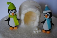 Fondant Penguins And Igloo Igloo Is Dusted With Pearl Luster Dust *Fondant Penguins and Igloo. Igloo is dusted with pearl luster dust