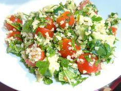 Recipe: Tabbouleh #recipe #salad #tabbouleh High Protein Vegetarian Recipes, Quick Vegetarian Meals, Healthy Food Options, Healthy Snacks, Vegan Recipes, Healthy Eating, Vegan Food, Easy Recipes, Dinner Recipes