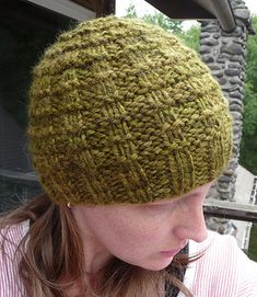 Ravelry: Close Knit Waffle Hat FREE knitting pattern by Leah Bandstra Easy Knitting, Loom Knitting, Knitting Patterns Free, Knitting Ideas, Knit Patterns, Knitting Projects, Craft Projects, Free Pattern, Cloth Patterns