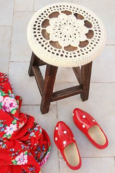 Crocheted Floral Medallion Stool Cover With Blanket