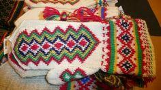 Lutheran Church apologises to Sami people Knitted Mittens Pattern, Knit Mittens, Mitten Gloves, Swedish Vikings, Scandinavian Folk Art, Fingerless Mitts, Lutheran, Baby Art, Knitting Projects