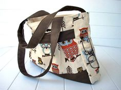 I dont give a hoot - water resistant base canvas owl printed bag