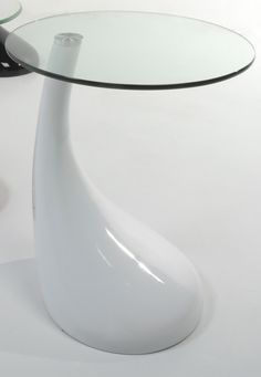 Italian contemporary design round coffee table in white resin and tran at My Italian Living Ltd Round Side Table, Round Coffee Table, Italian Furniture, Interior Inspiration, Contemporary Design, Dubai, Resin, Black And Grey, Tables