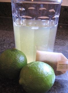Iced Green Tea Lime Cooler- metabolism booster with healthy antioxidants..Yumm-o
