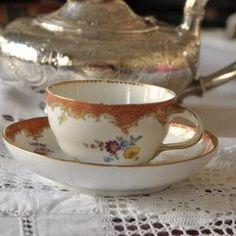 陶磁器 Archives * ラブアンティーク Love Antique of London Cup And Saucer, Tea Cups, London, Antiques, Tableware, Antiquities, Antique, Dinnerware, Tablewares