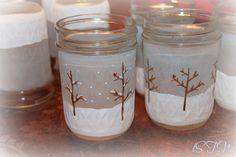 Decorating for Christmas On a Budget | Christmas Decorating on a Budget Party - Creative Cain Cabin