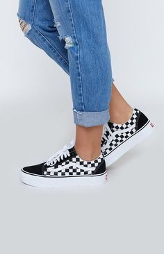 True white checkered vans outfit, vans checkerboard, vans old skool outfit, Dr Shoes, Hype Shoes, Skate Shoes, Shoes Sneakers, Zebra Shoes, Oxford Shoes, Yeezy Shoes, Shoes Sandals, Mode Converse