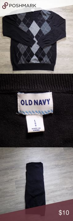 OLD NAVY, SIZE L, LIKE NEW. OLD NAVY, SIZE L, LIKE NEW. Old Navy Sweaters