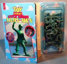 Army Men and thick cardboard book! 1996.