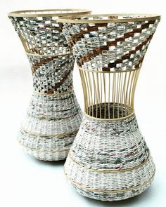 Newspaper Crafts To Make Paper Vase Very Easy Diy Craft Projects .Newspaper Crafts To Make Paper Vase Very Easy Diy Craft Projects how to make paper vase very easy diy craft - Diy Diy Crafts Vases, Easy Diy Crafts, Diy Craft Projects, Diy Crafts For Kids, Fun Crafts, Craft Ideas, Recycled Crafts, Bottle Crafts, Diy Ideas