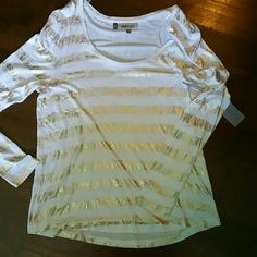 Jennifer Lopez Top Gorgeous lightweight long sleeve shirt with splashes of metallic gold! Perfect accessory for the summer ;) Brand new! Thank~you for checking my Closet out :) Tops Tees - Long Sleeve