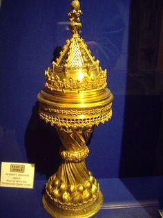 Gilt cup from Corpus Christi college, 1515. Presented by Catherine of Aragon Los Tudor, Tudor Era, Tudor Style, Uk History, Tudor History, British History, Mary I Of England, Corpus Christi College, Isabel I