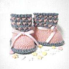 Chaussons bébé tricotés roses et gris 0/3 mois Tricotmuse