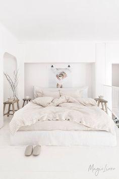 Linen duvet cover with 2 pillowcases. Linen duvet cover with 2 pillowcases. Bed Linen Sets, Linen Duvet, Bed Sets, Bed Sheet Sets, Duvet Sets, Duvet Cover Sets, Linen Fabric, Twin Sheets, Duvet Bedding