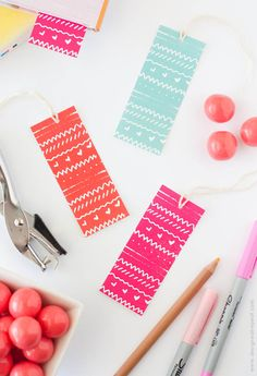 Free Printable: patterned bookmarks