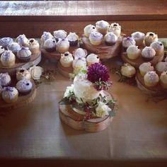 #cupcakes #weddingcupcakes #weddingcakes #buttercreamcupcakes #customcupcakes