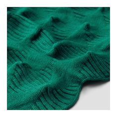 IKEA IKEA PS 2017 throw The throw is stretchable and flexible thanks to its structured knitting.