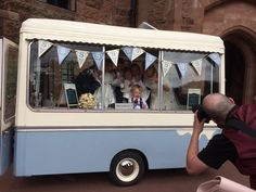 The lovely 'bugs' vintage Snugbury Ice Cream trailer popular for weddings. Contact Phil @HOPSONSLTD