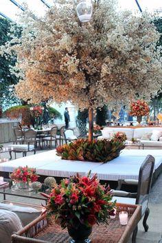ideas tree decorations wedding indoor for 2019 Tree Wedding, Wedding Bells, Wedding Events, Wedding Flowers, Weddings, Wedding Seating, Wedding Reception, Tree Decorations, Wedding Decorations