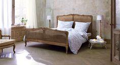 Bett Champigny #Schlafzimmer #loberon