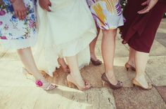 Noiva e Melhores Amigas - Fotógrafa: Bárbara Alves - Local: Templo de Campinas (SUD)