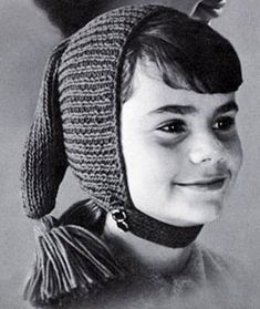Chin Strap Cap knit pattern from High Fashion Hats, originally published by Bernhard Ulmann, Volume 62, in 1961.