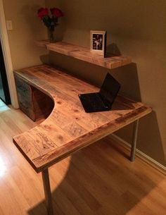 26 Inspiring Simple Small DIY Pallet Desk Designs for Home Office 2019 26 Inspiring Simple Small DIY Pallet Desk Designs for Home Office The post 26 Inspiring Simple Small DIY Pallet Desk Designs for Home Office 2019 appeared first on Pallet ideas. Diy Office Desk, Diy Desk, Home Office Furniture, Pallet Desk, Diy Pallet, Computer Desk Design, Wood Computer Desk, Home Office Design, House Design