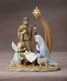Pipka Holy Night Nativity Figurine