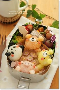 """Sakura viewing bento   #food #bento #lunchbox #kawaii"""