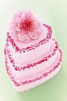 DIY Wedding Cake Ideas (BridesMagazine.co.uk)